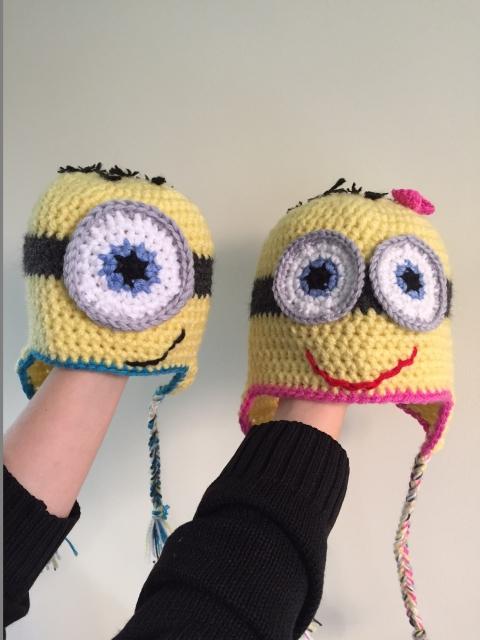 share Minions hats